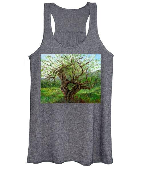 Old Apple Tree Women's Tank Top