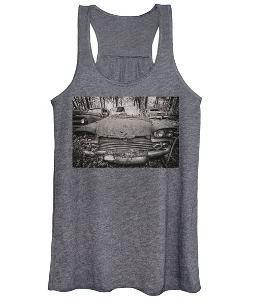 Old Car City In Black And White Women's Tank Top