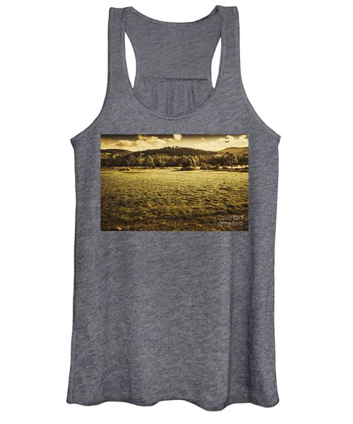 Open Fields Of Woodstock Tasmania Women's Tank Top