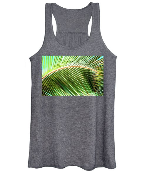 Palm Frond Sway Women's Tank Top