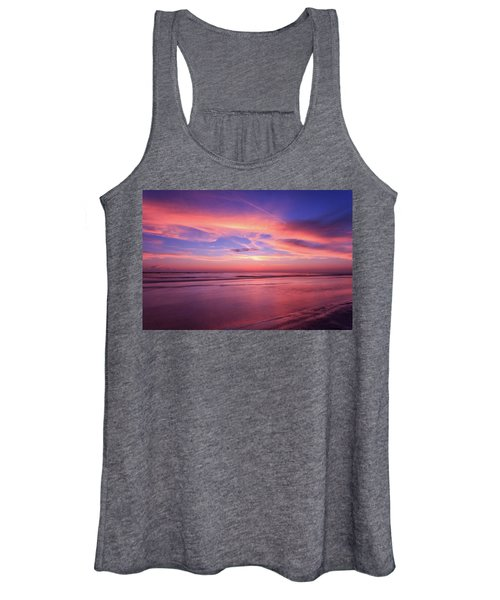 Pink Sky And Ocean Women's Tank Top