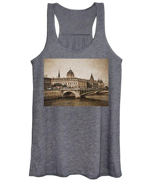 Paris, France - Pont Notre Dame Oldstyle Women's Tank Top