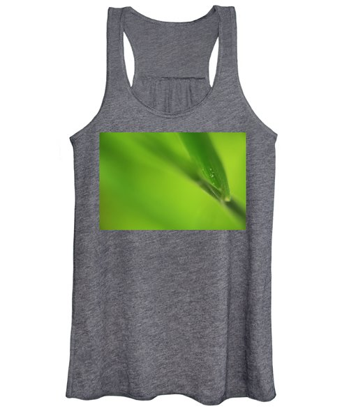 Women's Tank Top featuring the photograph Raindrop On Grass by Bob Cournoyer