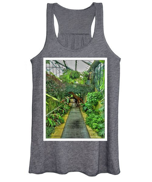 Raptor Seen In Kew Gardens Women's Tank Top