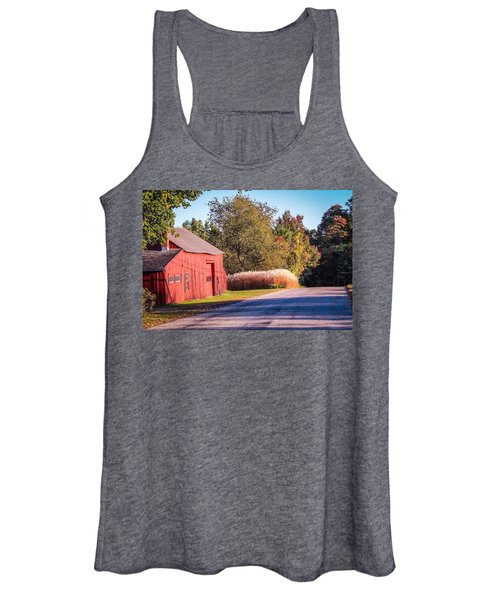 Red Barn In The Country Women's Tank Top