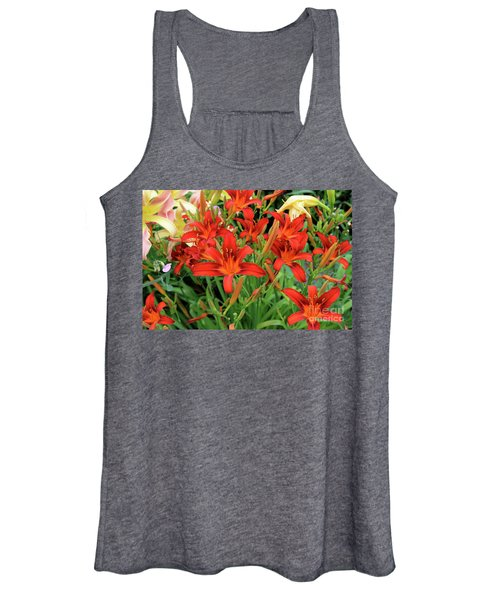 Red Daylilies Women's Tank Top