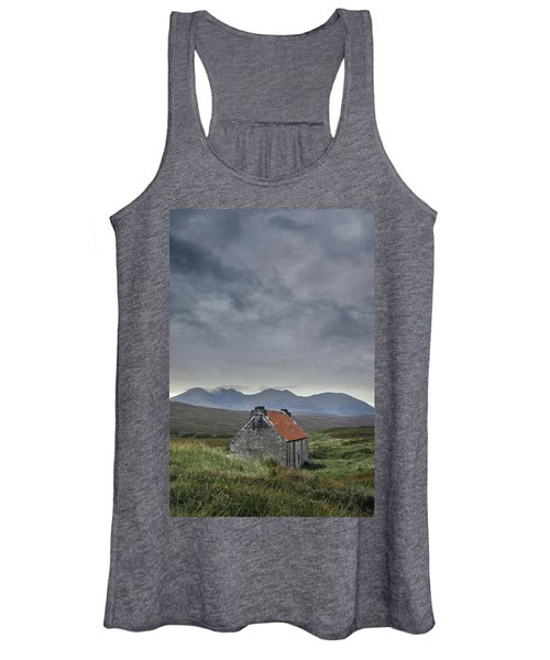 Red Roofed Bothy Women's Tank Top