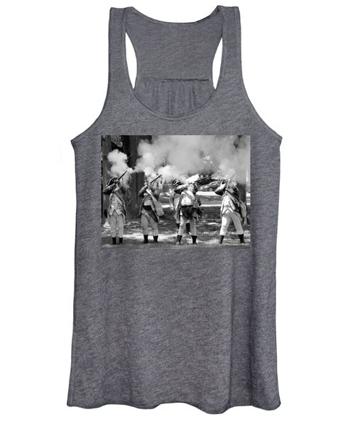 Reliving History-bw Women's Tank Top