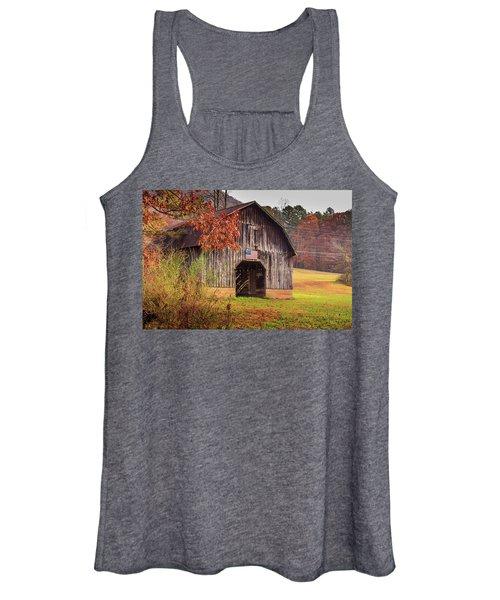 Rustic Barn In Autumn Women's Tank Top