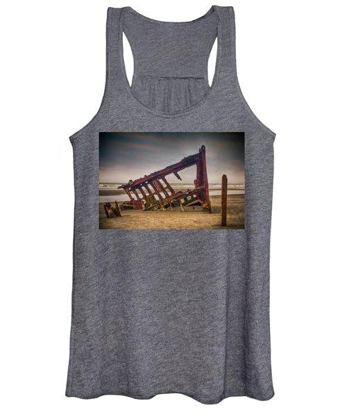 Rusty Shipwreck Women's Tank Top