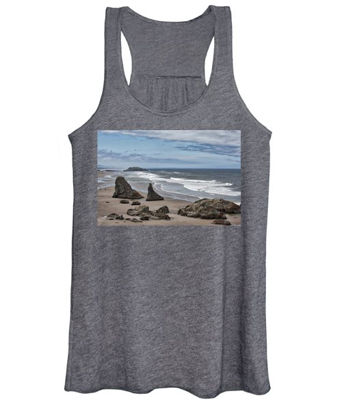 Sea Stacks And Surf Women's Tank Top