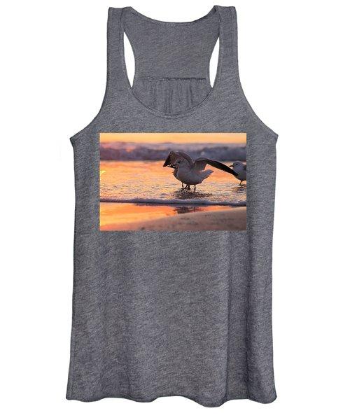 Seagull Stretch At Sunrise Women's Tank Top