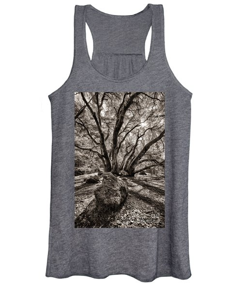 Shadow Tree Women's Tank Top