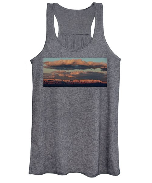 Snow Covered Red Rock Panorama Women's Tank Top