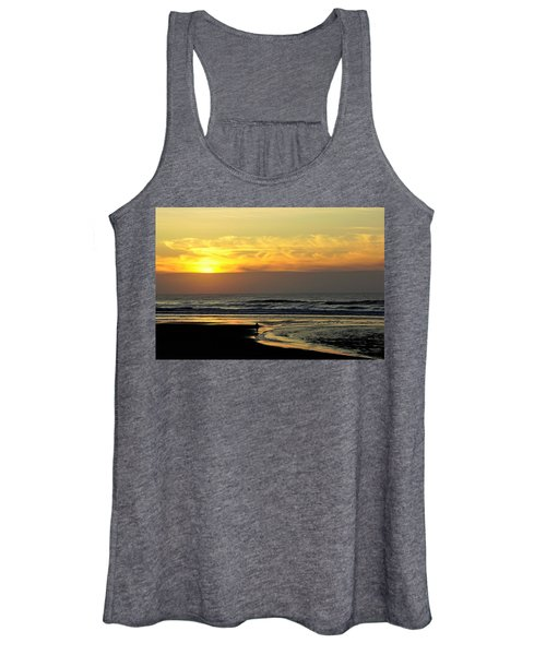 Solo Sunset On The Beach Women's Tank Top