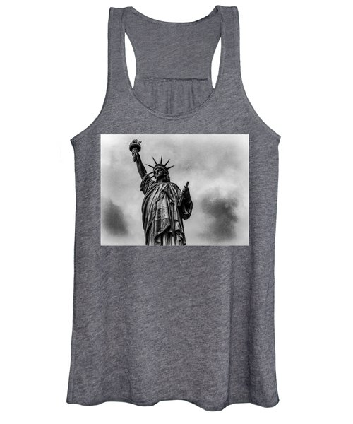 Statue Of Liberty Photograph Women's Tank Top