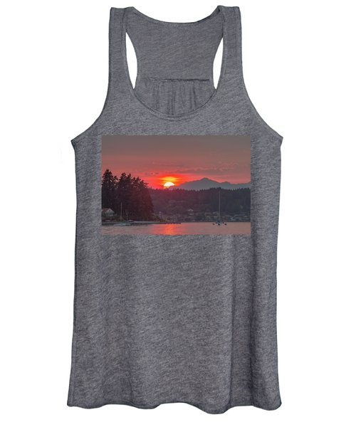 Summer Sunset Over Yukon Harbor.1 Women's Tank Top