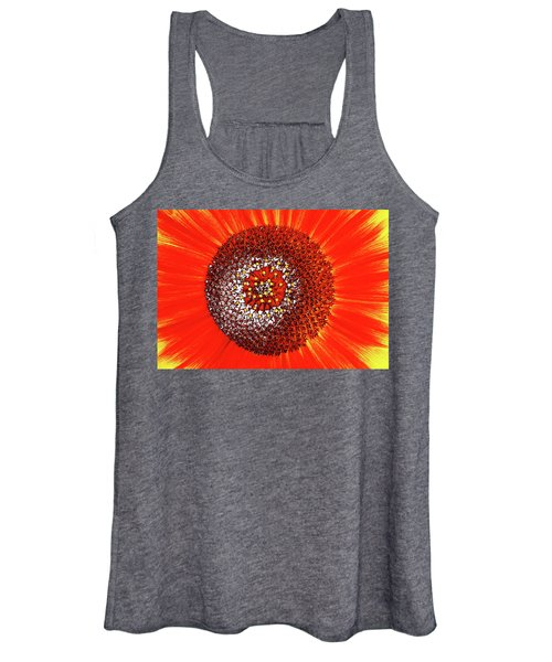 Sunflower Close Women's Tank Top