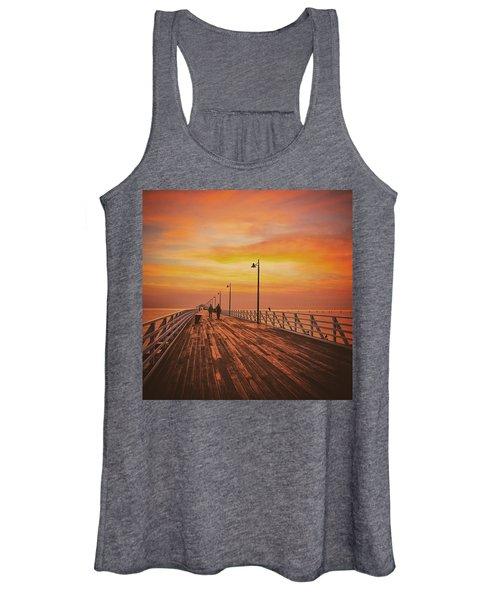Sunrise Lovers Women's Tank Top