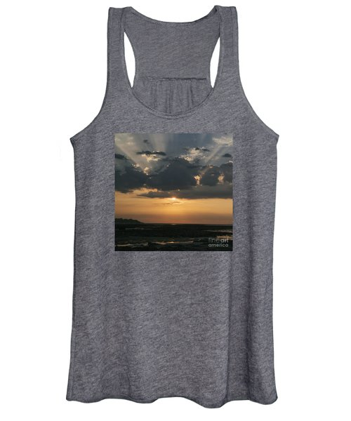 Sunrise Over The Isle Of Wight Women's Tank Top