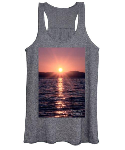 Sunset Lake Verticle Women's Tank Top