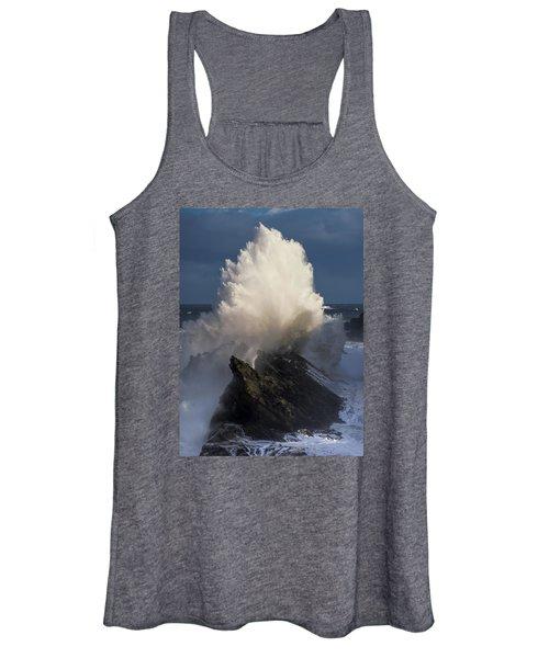 Surf Eruption Women's Tank Top