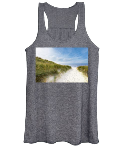 The First Look At The Sea Women's Tank Top