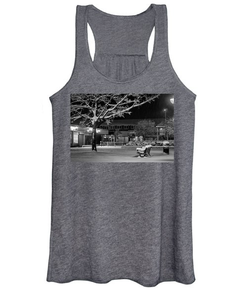 The Square In The Snow Women's Tank Top