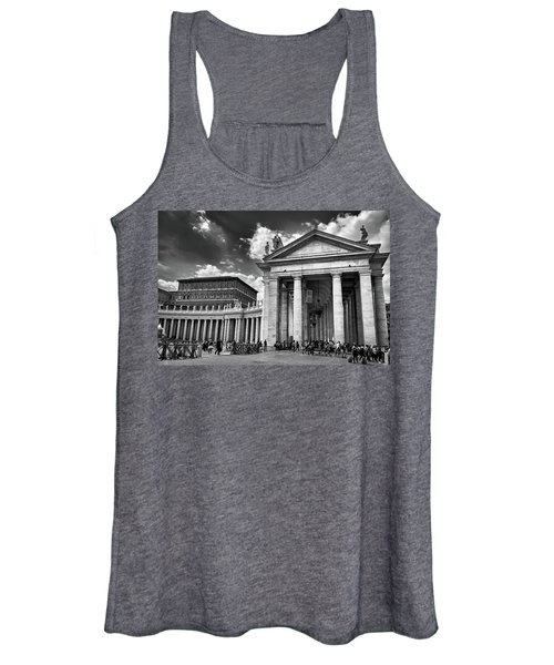 The Tuscan Colonnades In The Vatican Women's Tank Top