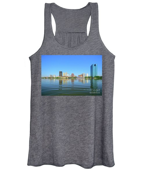 D12u-673 Toledo Ohio Skyline Photo Women's Tank Top