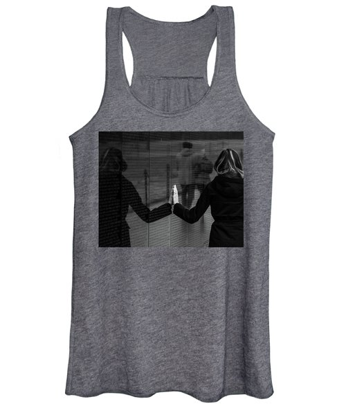 Touching Moment Women's Tank Top