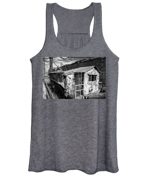 Train 6 In Black And White Women's Tank Top
