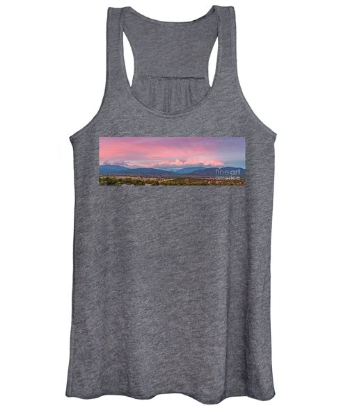 Twilight Panorama Of Sangre De Cristo Mountains And Santa Fe - New Mexico Land Of Enchantment Women's Tank Top