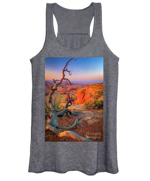 Twisted Remnant Women's Tank Top