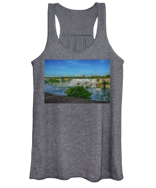 View Of Usa From Canada Women's Tank Top