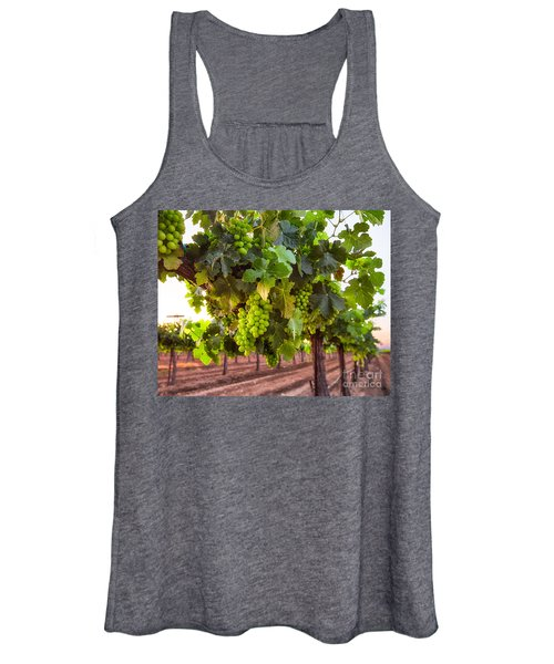 Vineyard 3 Women's Tank Top