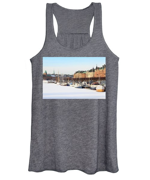 Waiting Out Winter Women's Tank Top