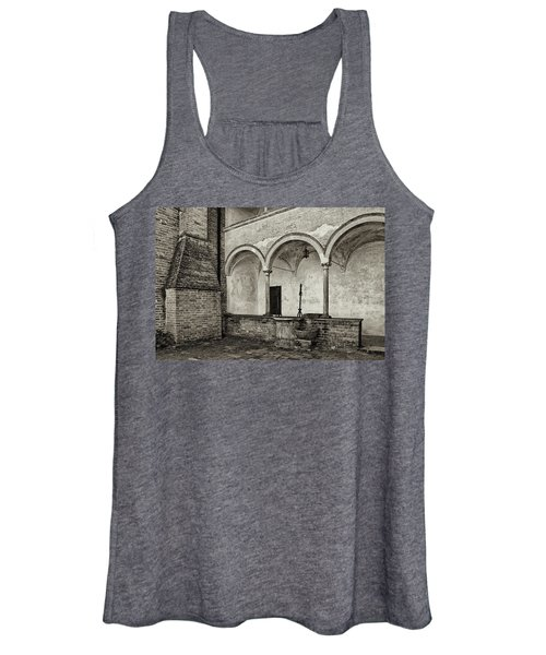 Well And Arcade Women's Tank Top