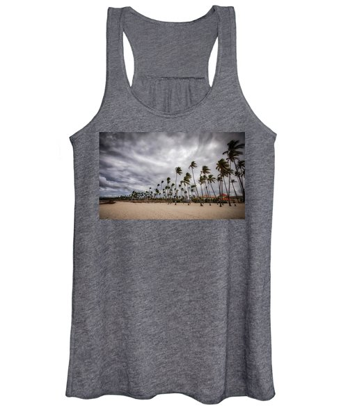 Windy Beach Women's Tank Top