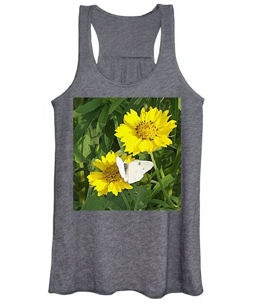 Yellow Cow Pen Daisies Women's Tank Top