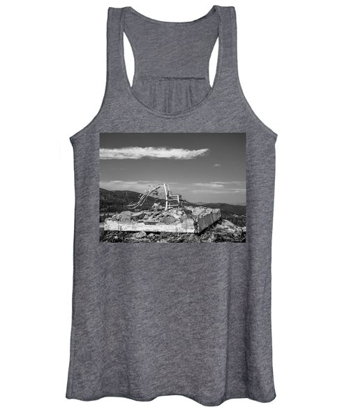 Beacon / The Chair Project Women's Tank Top