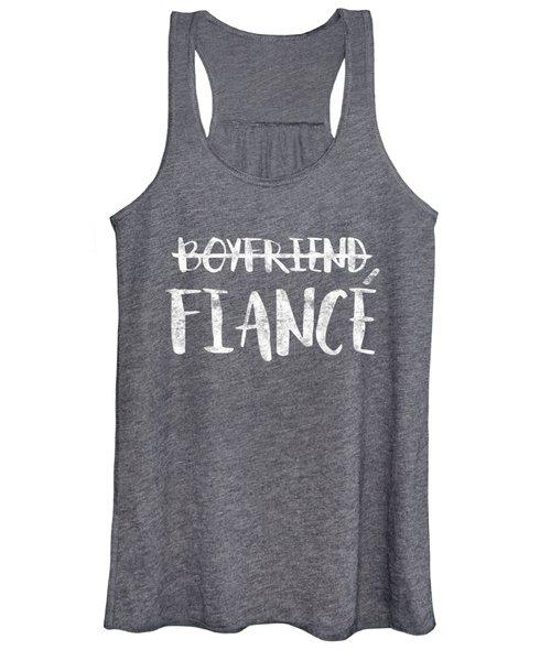 Mens Engagement Boyfriend Fiance T-shirt Married Man Wedding Gift Women's Tank Top