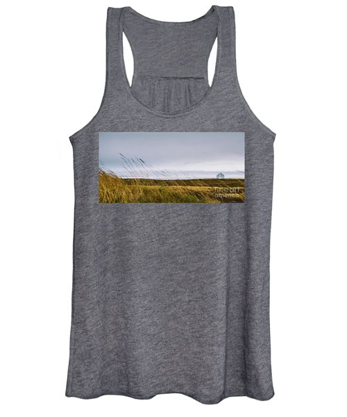 Beautiful Panoramic Photos Of Icelandic Landscapes That Transmit Beauty And Tranquility. Women's Tank Top