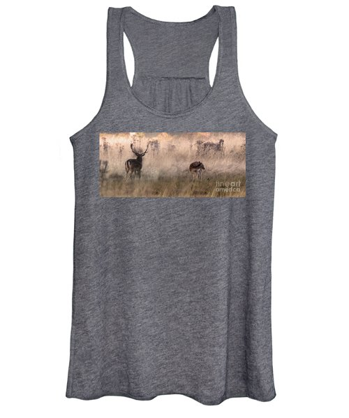 Deer In The Grasses Women's Tank Top
