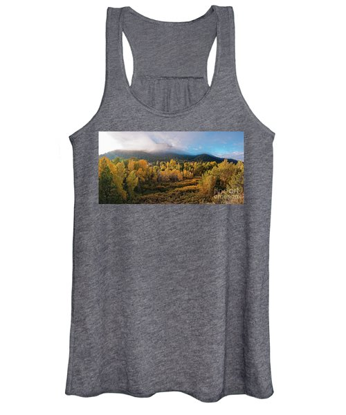 Early Morning Panorama Of Changing Aspens And Picacho Peak - Twomile Reservoir - Santa Fe New Mexico Women's Tank Top