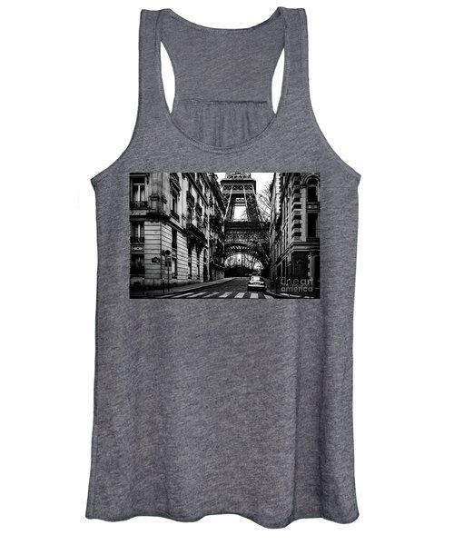 Eiffel Tower - Classic View Women's Tank Top