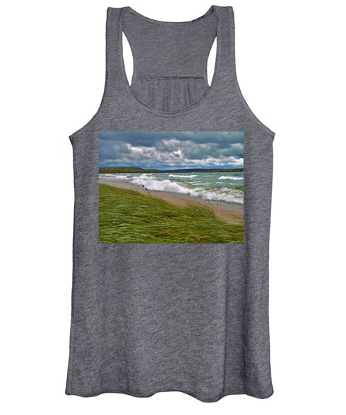 Field Of Green On Lake Superior Women's Tank Top