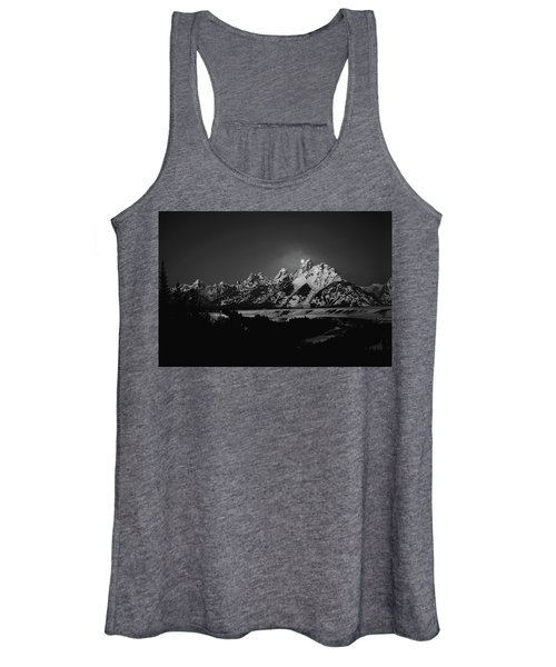 Full Moon Sets In The Tetons Women's Tank Top