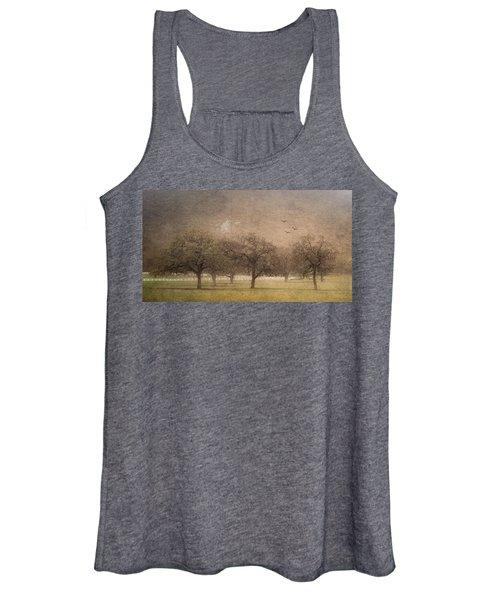 Oak Trees In Fog Women's Tank Top