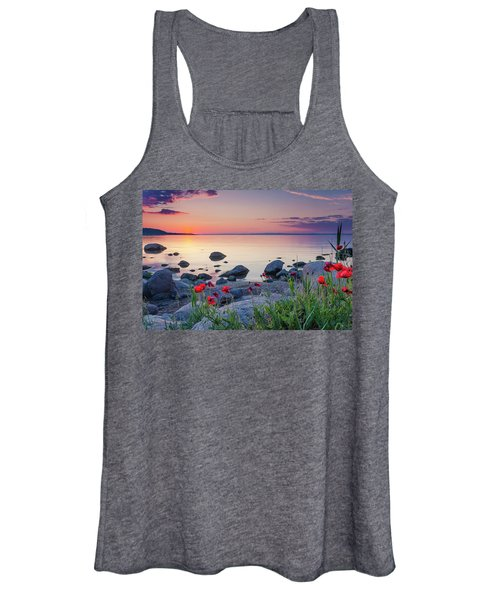 Poppies By The Sea Women's Tank Top